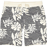 White palm leaf stripe print shorts