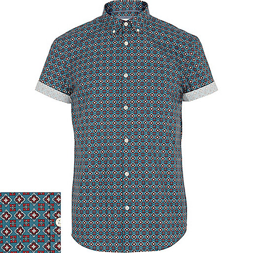 Green foulard print short sleeve shirt