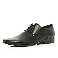 Black perforated panel pointed formal shoes