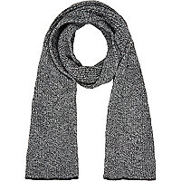 Black and white rib knit scarf