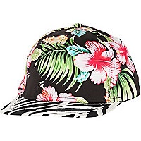 Black Hawaiian print trucker hat