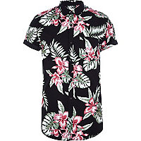 Black Hawaiian print short sleeve shirt