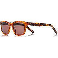 Brown tortoise premium sunglasses with case