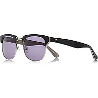 Black retro premium sunglasses with case