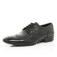 Black pointed lace up brogues