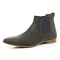 Brown buffed Chelsea boots