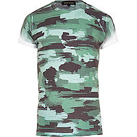 Green paint camo print t-shirt