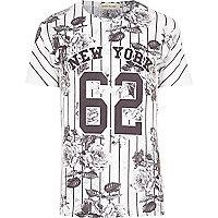 White New York 62 stripe print t-shirt