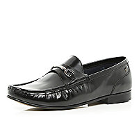 Black Base snaffle trim loafers