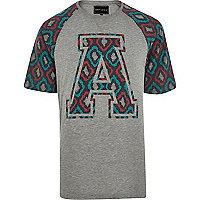 Grey Antioch contrast sleeve print t-shirt