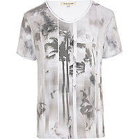 White spliced palm tree print t-shirt