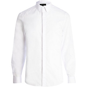 White penny collar long sleeve shirt