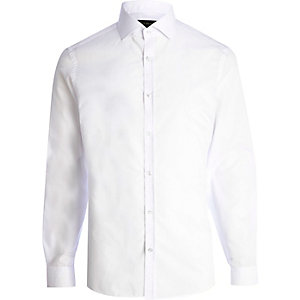 White cut away collar long sleeve shirt
