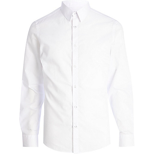 White pointed collar long sleeve shirt