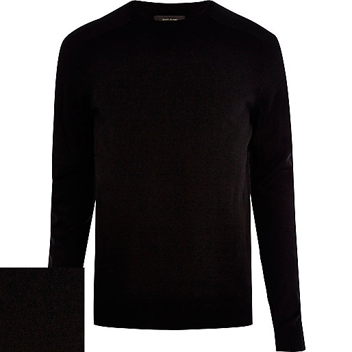 Black raglan sleeve jumper