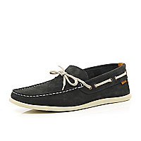 Navy slim boat shoes
