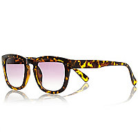 Brown tortoise shell geek sunglasses
