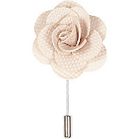 Ecru flower lapel pin