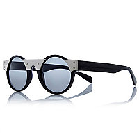 Black Jeepers Peepers round retro sunglasses
