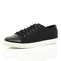 Black contrast toe cap trainers