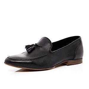 Black leather tassel trim loafers