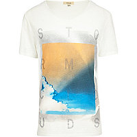 Ecru storm cloud print low scoop t-shirt