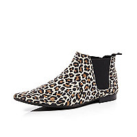 Brown animal print Chelsea boots