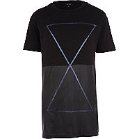 Black longer length triangle print t-shirt