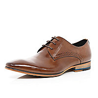 Tan high shine lace up shoes