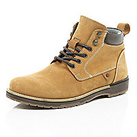 Tan nubuck worker boots