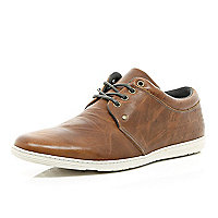 Tan slim trainers