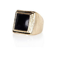 Gold tone enamel sovereign ring