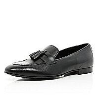 Black tassel trim loafers