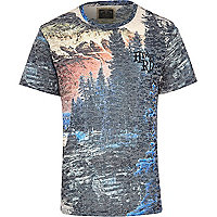 Navy Holloway Road landscape print t-shirt