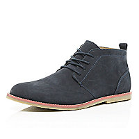 Navy contrast sole desert boots