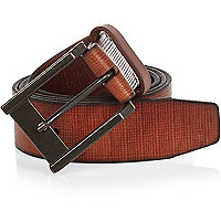 Light brown textured leather belt gift box