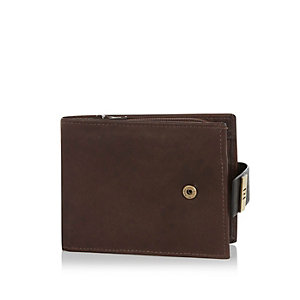 Brown RI popper wallet