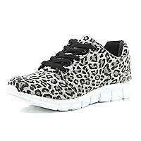 Grey leopard print trainers