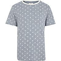 Blue paisley print t-shirt