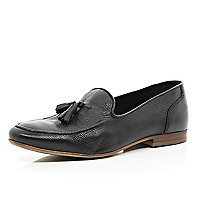 Black textured tassel trim loafers