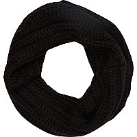 Black chunky knit snood