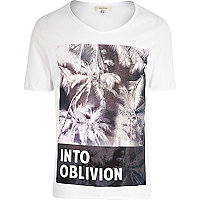 White into oblivion print low scoop t-shirt