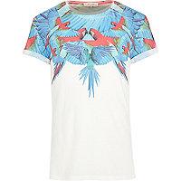 White parrot print yoke t-shirt