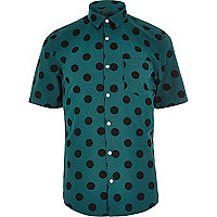 Green spot short sleeve shirt