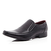 Black textured leather formal shoes