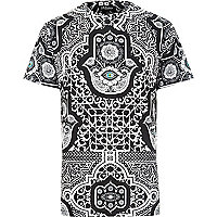 Black Jaded hamsa printed t-shirt