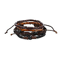 Brown leather bracelet pack