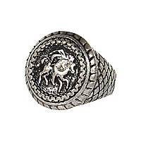 Silver tone sovereign ring