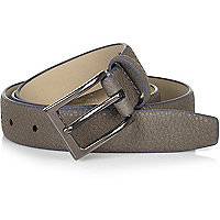 Grey pebbled square buckle belt