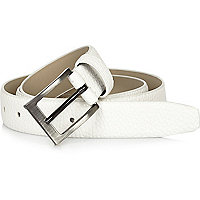 White pebbled square buckle belt